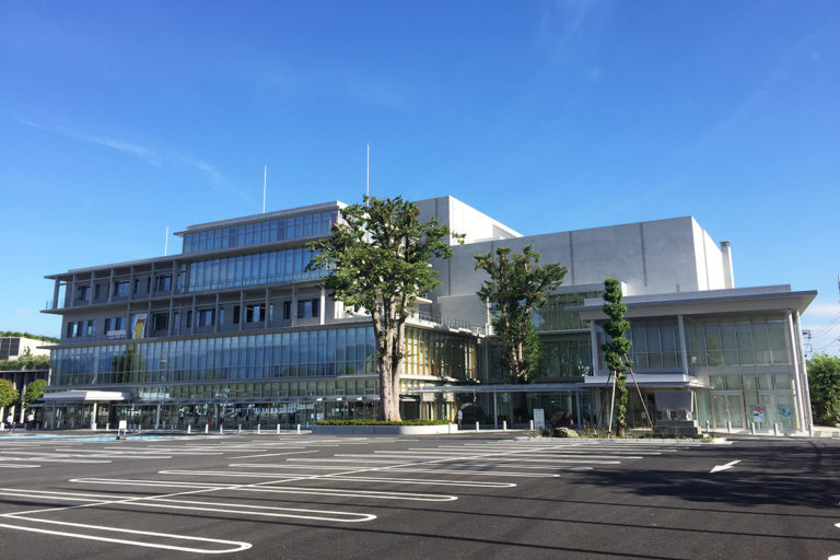 Chichibu City Hall and Rekishi Bunka Densho-kan (Central Public Hall)