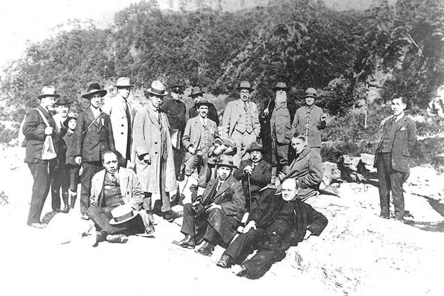 第3回汎太平洋学術会議における秩父巡検(画像提供:埼玉県立自然の博物館)