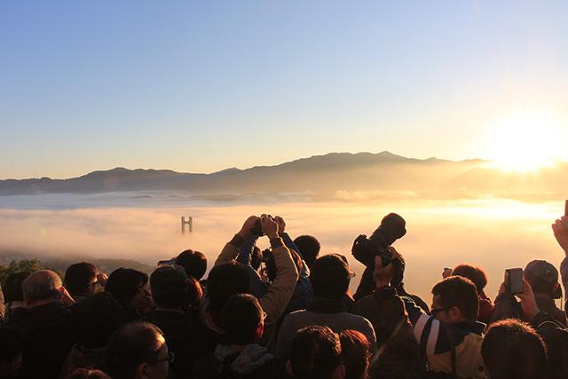 雲海カメラマン(ミューズパーク展望台)