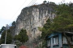 石灰岩と鍾乳洞