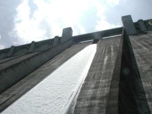 浦山ダム付近